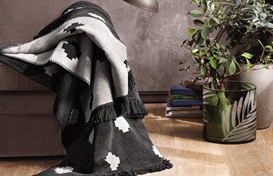 Pearl Blanket