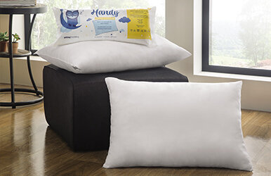 Handy Roll Pack Pillow