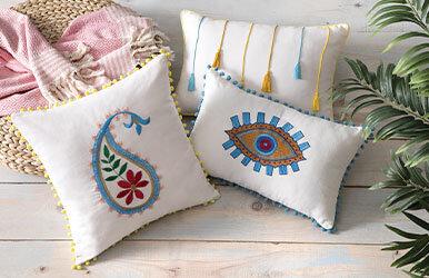 Shay Tasselled Decorative Pillow
