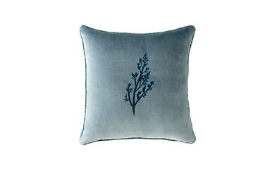Azor Embroidery Decorative Pillow Yeşil