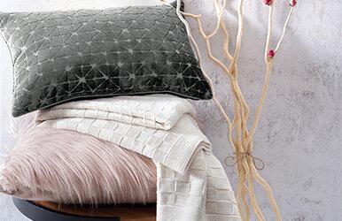 Roza Dekoratif Yastık