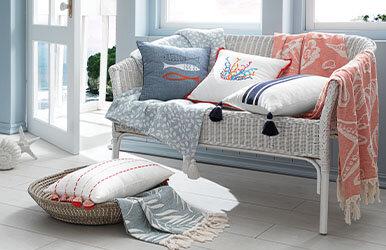 Riba Decorative Pillow Lacivert/Beyaz