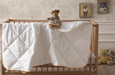 Dacron® Hollofil® Allerban® Baby Quilt