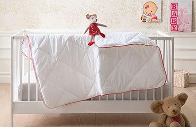 Dacron® 95 Baby Quilt