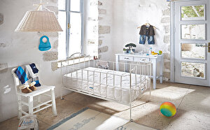Mini Mini Bebeklere Mışıl Mışıl Uykular
